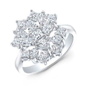 18K White Gold Fancy Floral Princess Cut Diamond Ring
