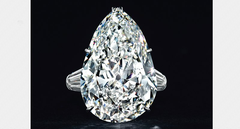 Socialite's Jewelry a White-Glove Sale at Christie's